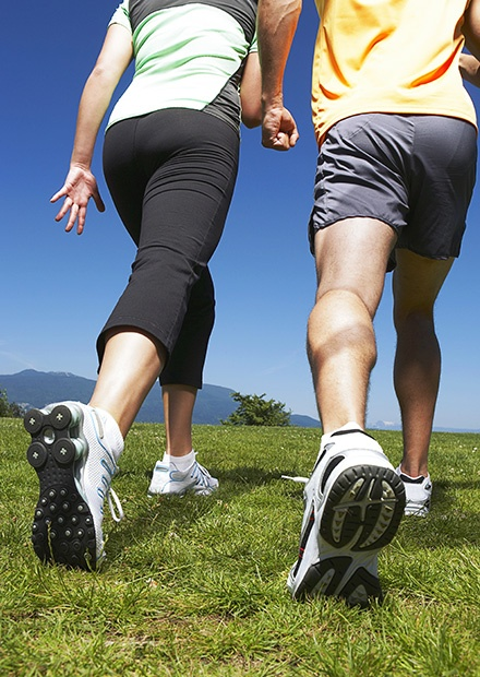healthy-couple-walking